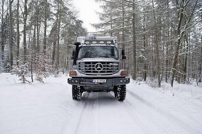 Mercedes-Benz Hunter X6