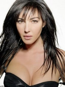 Hot Photos of Monica Bellucci