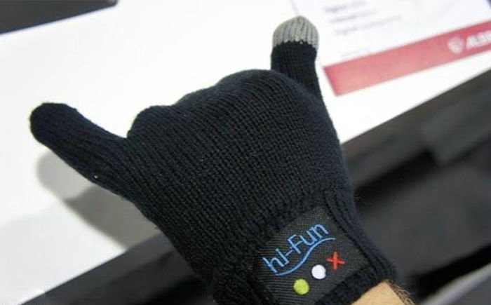 Hi-Call Bluetooth Gloves
