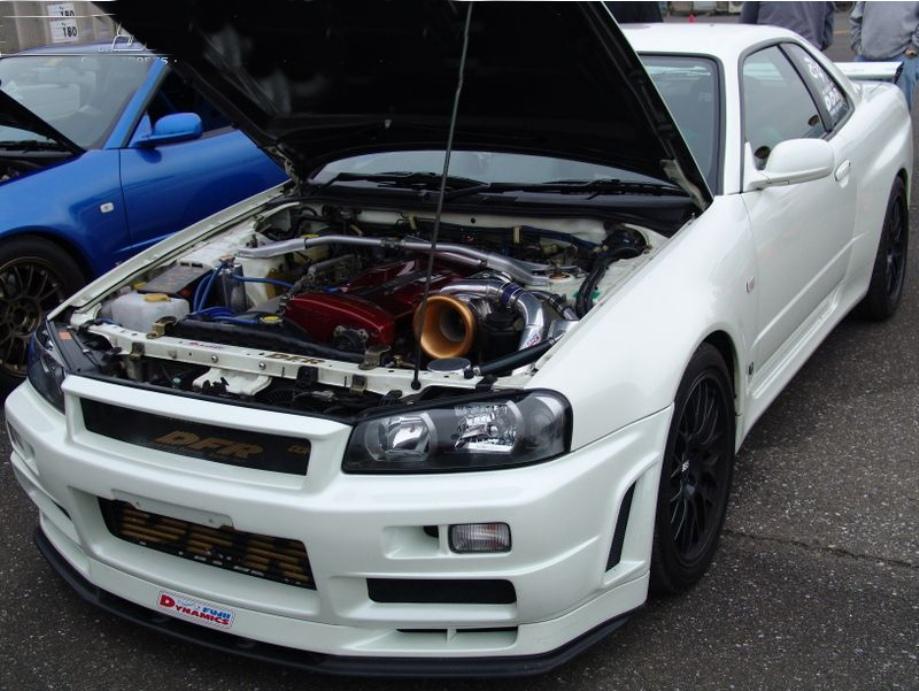 Nissan Skyline photos