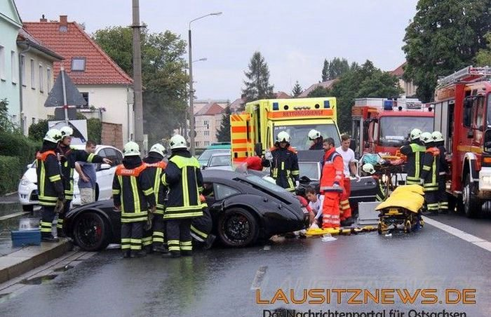 Wrecked Supercars, part 2