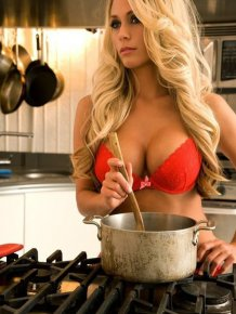 Kitchen Hotties
