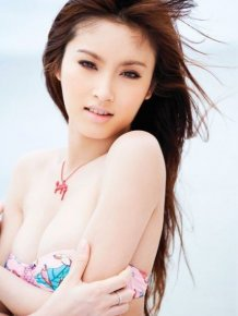 Unusual Thai Model Nong Poy