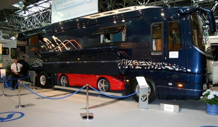 727d335b33 Awesome Camper Van