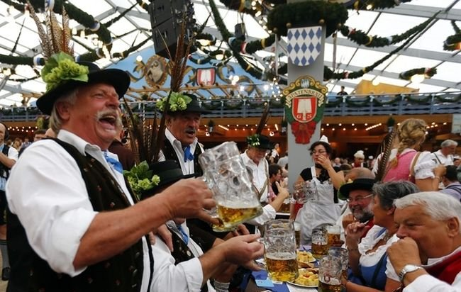 Welcome to Oktoberfest 2012, part 2012