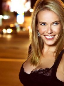 Chelsea Handler Photos