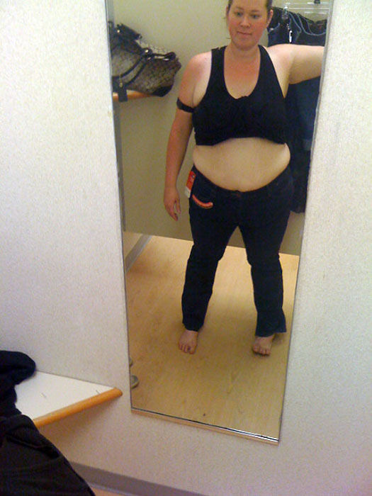 Mirror Self-Portraits Series Captures This Woman's Remarkable Weight Loss