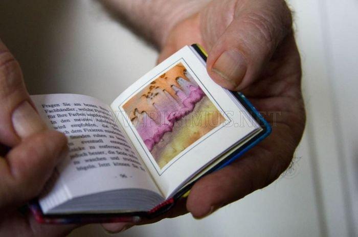 Micro Books as a Hobby