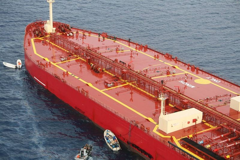 Rescue Russian Tanker from Pirates