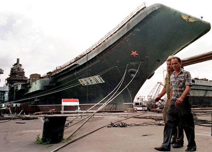 Resurrection of the Aircraft Carrier Varyag