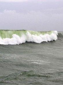 Boat vs Storm