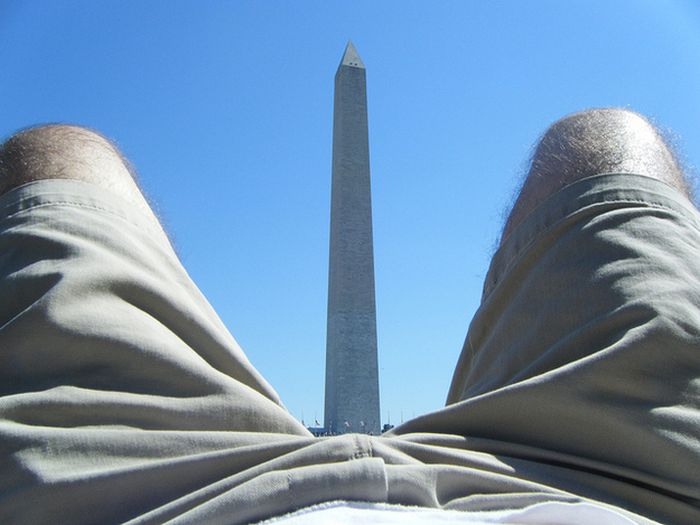 Tourists Love the Washington Monument