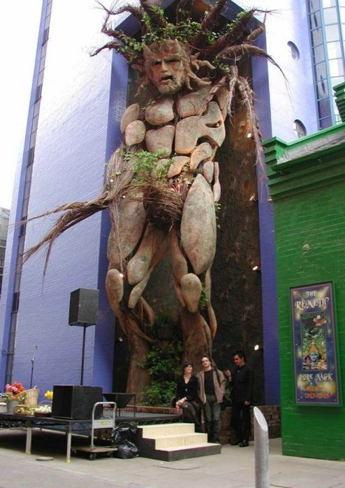 Strange Statues Around The World