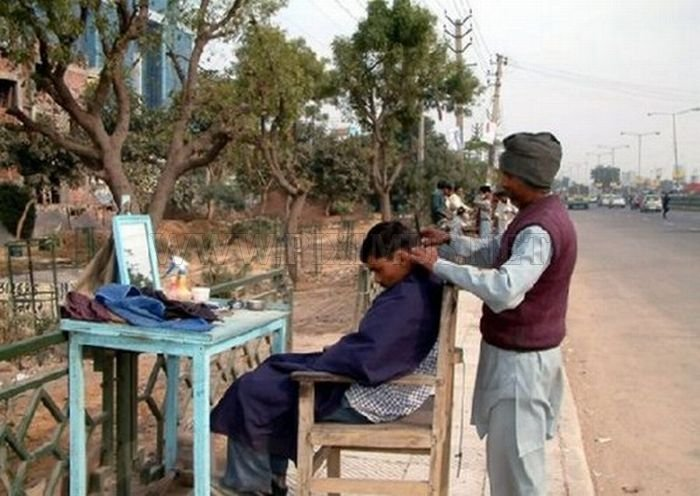 Street Beauty Salons in India