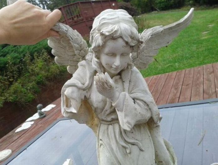 A Statue of Angel with a Secret