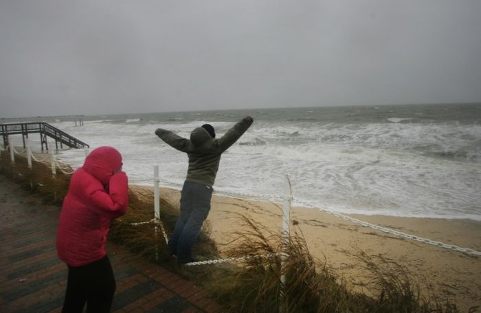 People Who Don't Care About Hurricane Sandy