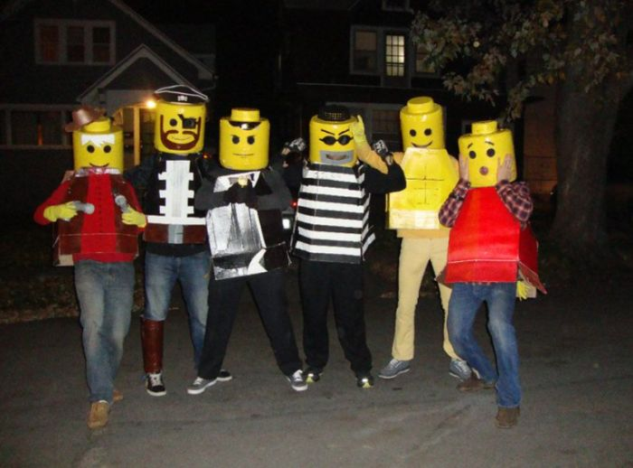 DIY Yourself Lego Halloween Costume