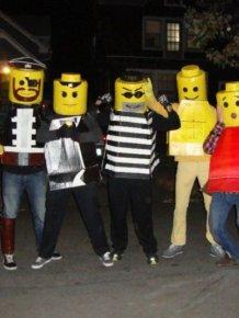 DIY Yourself Lego Halloween Costume