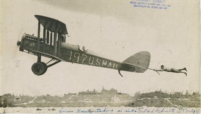 Aerial Stunts of 1920s Barnstormers