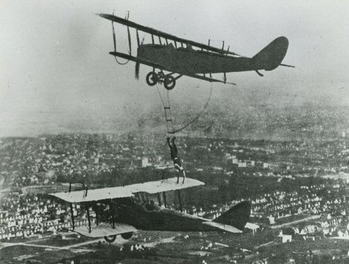 Aerial Stunts of 1920s Barnstormers | Others