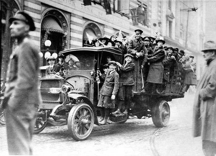 People Celebrating the End of World War I