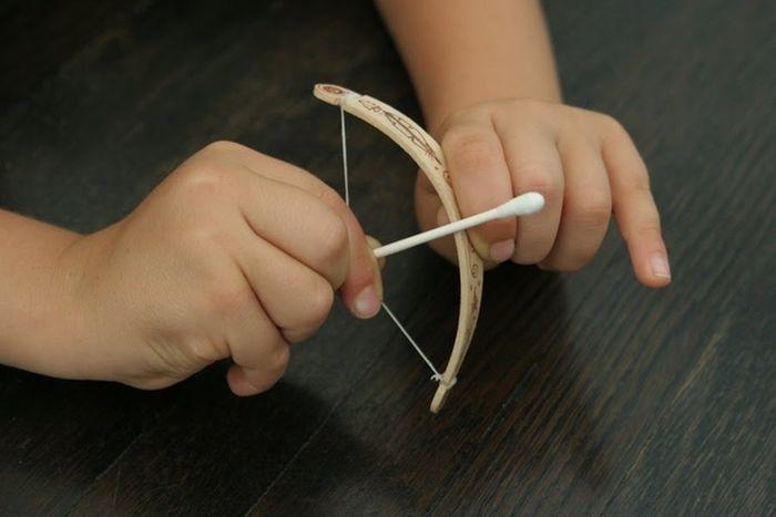 DIY Tiny Bow And Arrow