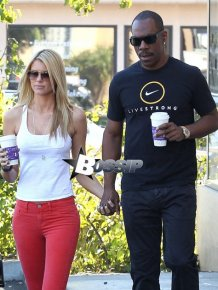Paige Butcher - Eddie Murphy's girlfriend