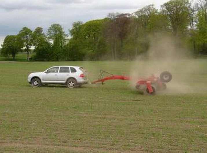 The Porsche Cayenne is the best tractor ever