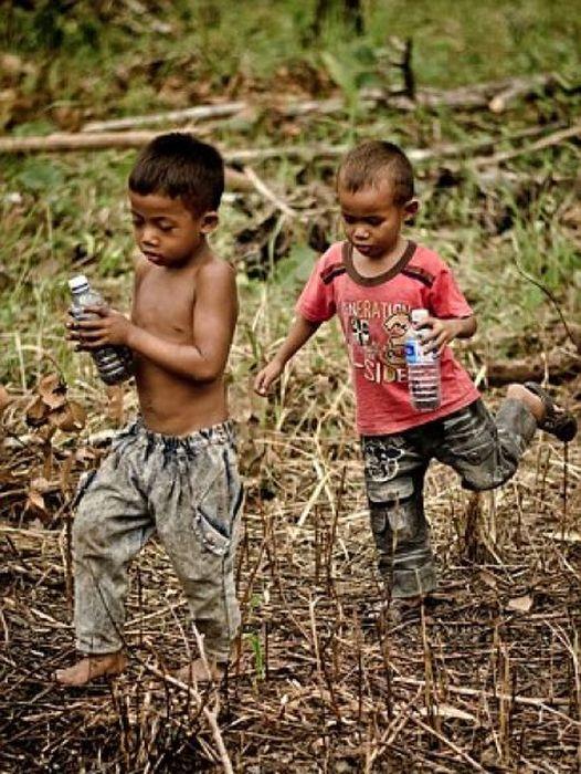 Children in Cambodia Eat Spiders