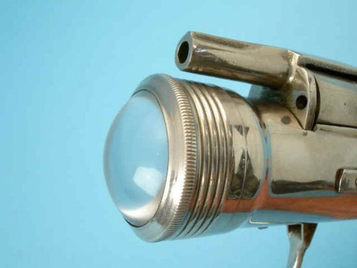 Flashlight Gun