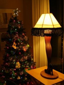 DIY Christmas Story Leg Lamp
