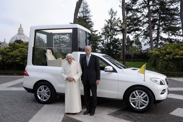 New Popemobile Mercedes-Benz ML