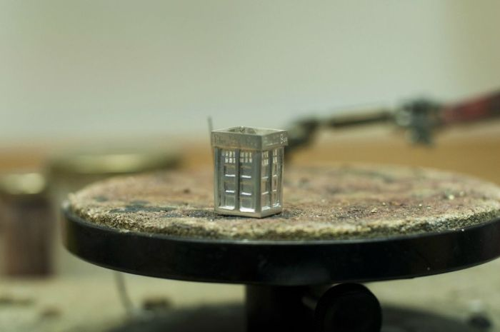 Tardis for Doctor Who Fan