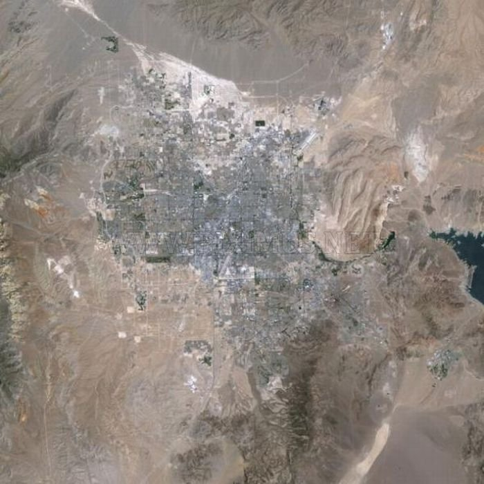 The Expansion of Cities From Above