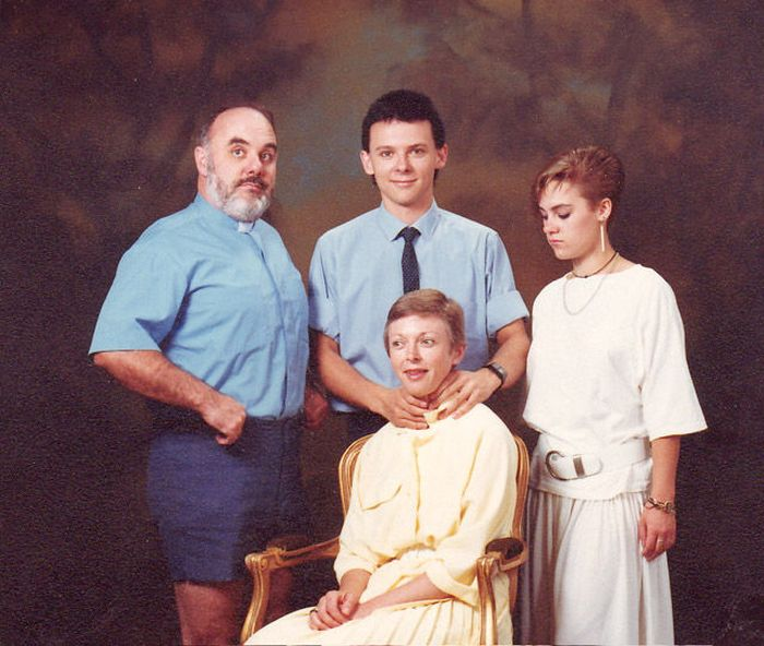 Awkward Family Photos, part 3