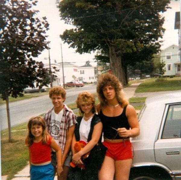 Awkward Family Photos, part 3