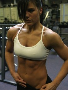 The hottest and fittest girls of 2012