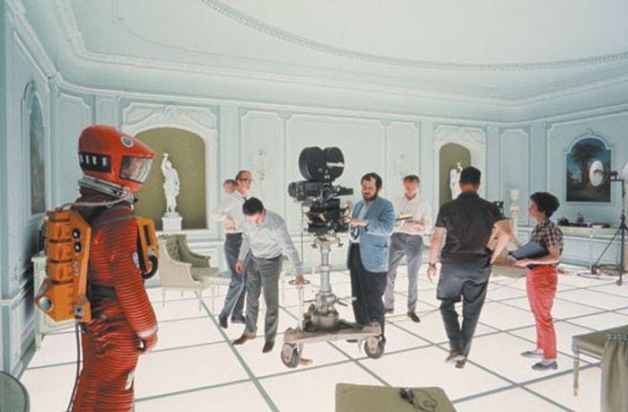 유명한 영화의 장면 뒤에