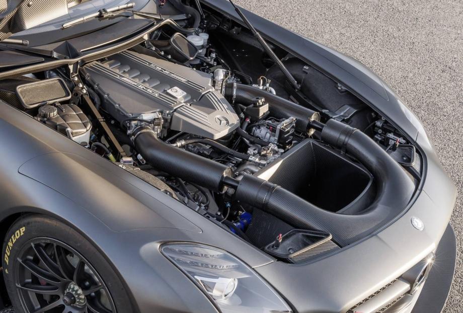 Mercedes-Benz SLS AMG GT3, part 2