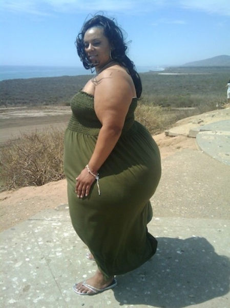 World's Widest Hips
