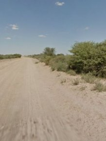 "Google Street View Donkey ""Accident"" in Botswana"