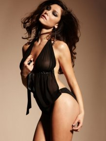 Silvia Dimitrova - sexy lingerie pics