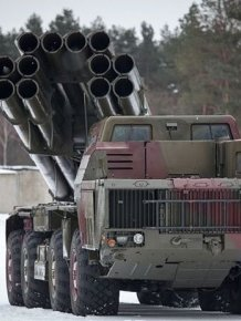 Smerch - Russian heavy multiple rocket launcher