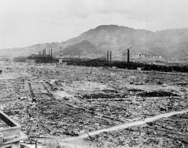 a personal reflection on the nuclear attack on hiroshima Japan's leaders join thousands on the 70th anniversary of the world's first nuclear attack hiroshima atomic bomb: a simple toll personal reflection.