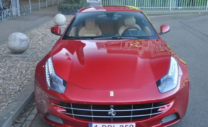Ferrari FF for Mother-in-Law