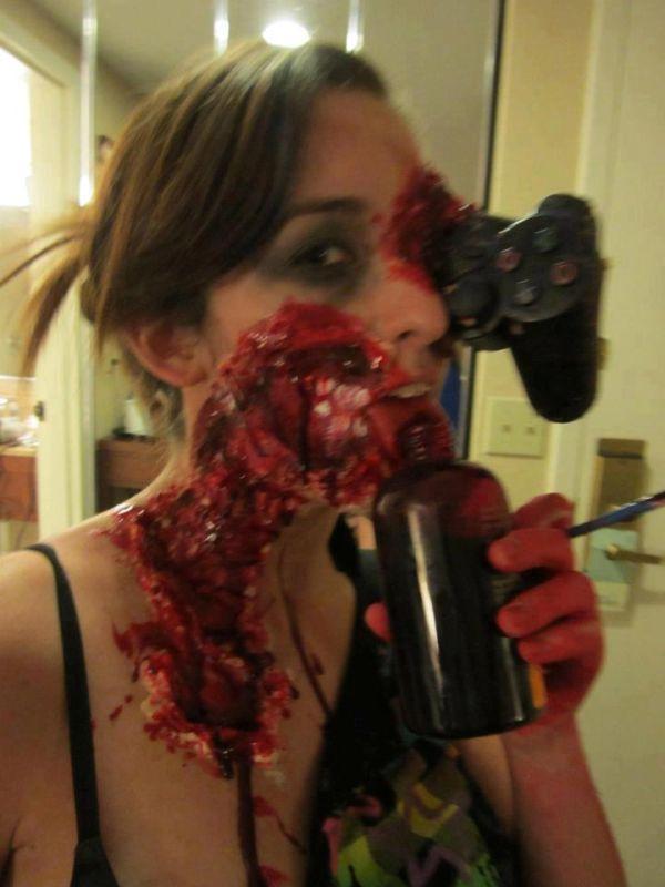 Zombie Gamer Girl