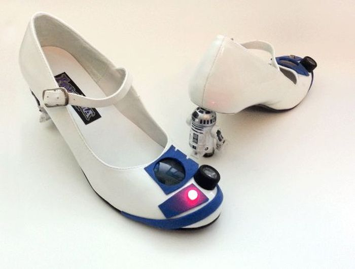 R2D2 Heels