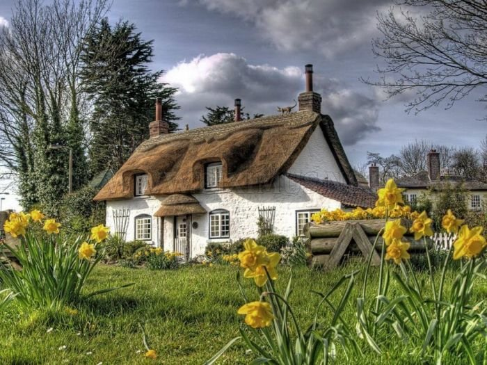 English Houses with Beautiful Roofs