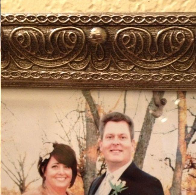 Mom Trolled. Wedding Photo