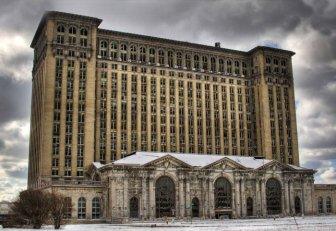 Detroit by Chris Luckhardt